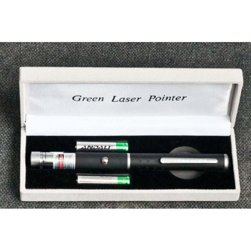 Зелен лазер 100mW, осветеност с видим зелен лъч от 6 до 8км
